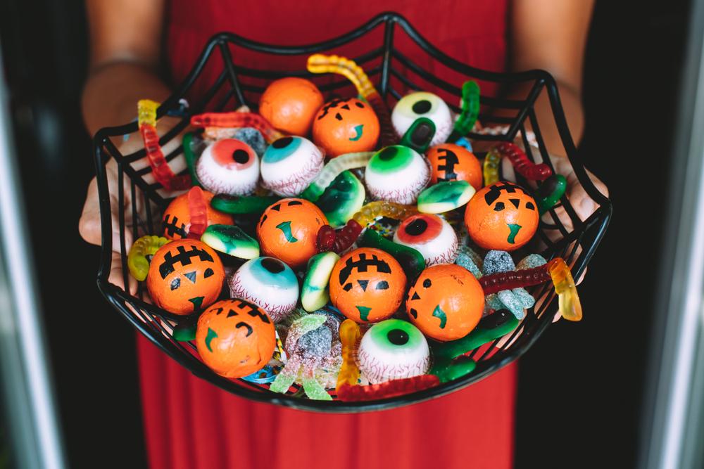 5 consejos prácticos para sobrevivir al terror de los dulces de Halloween